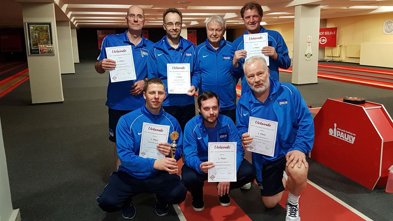 Teamfoto 1. Mannschaft der Hertha-Kegler