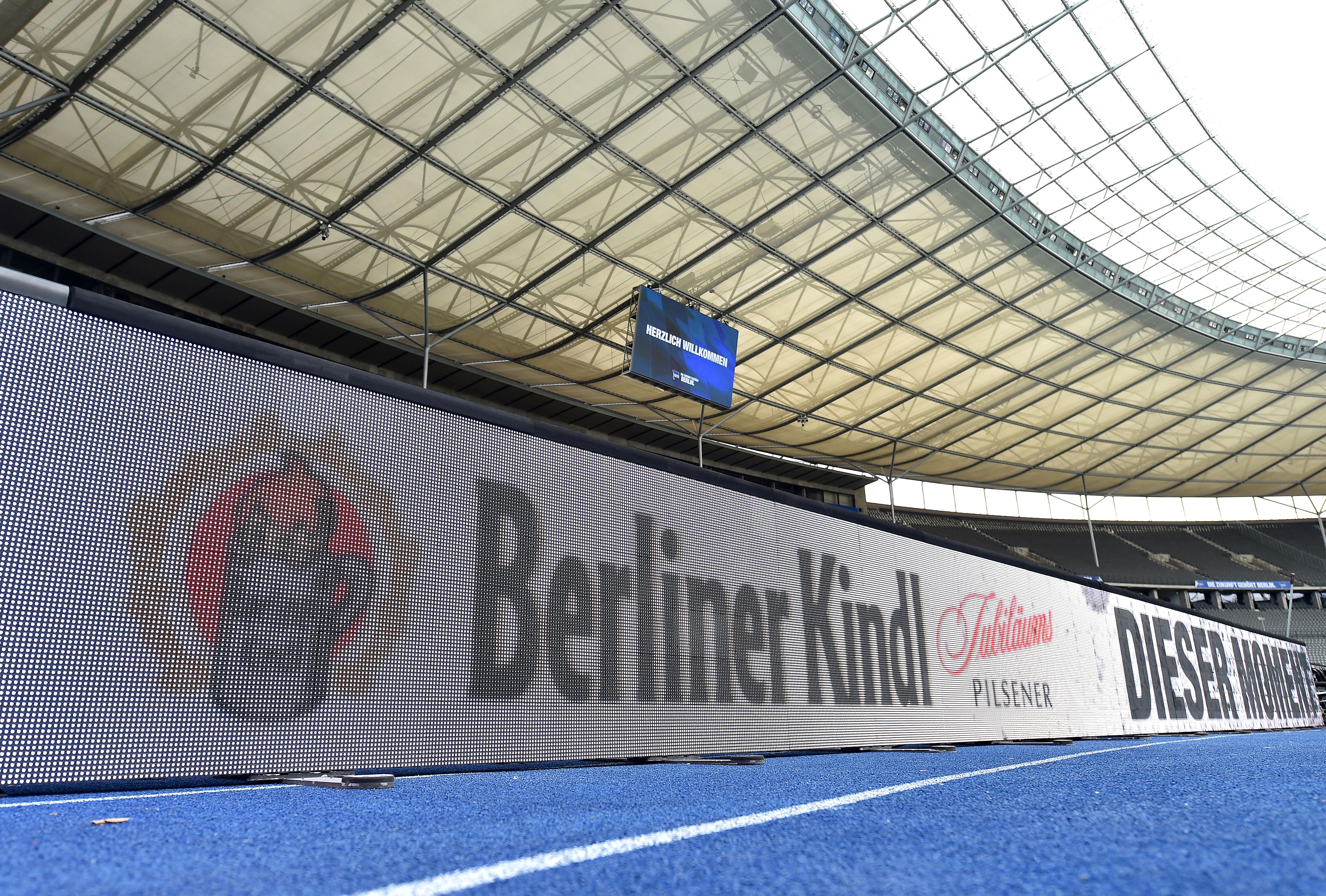 Berliner Kindl-Bande im Olympiastadion