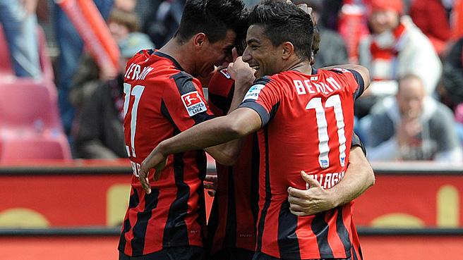2:1 in Köln - Hertha steigt als Meister auf!