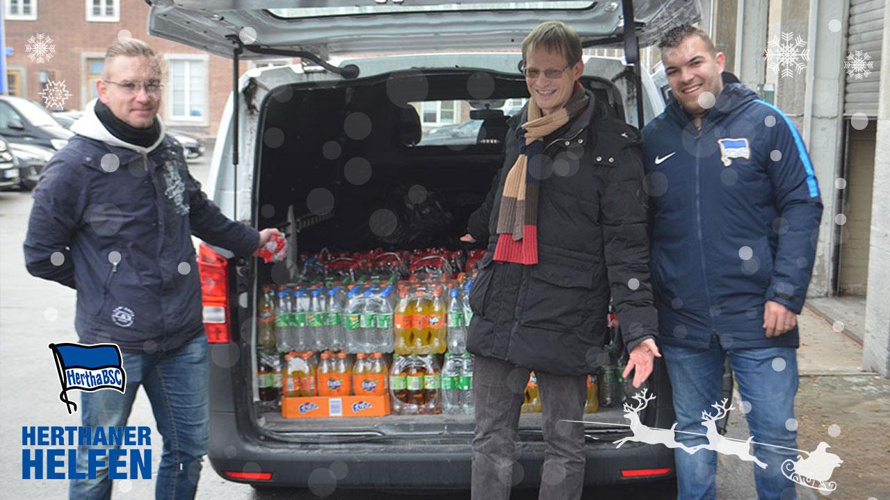 Herthaner helfen: Getränkespende für Bedürftige