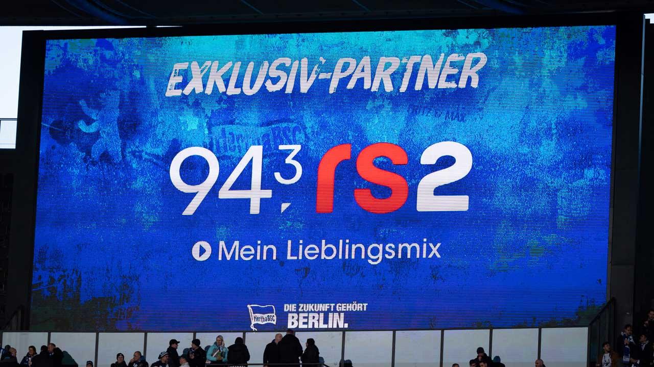 Hertha BSC und 94,3 rs2 verlängern Partnerschaft