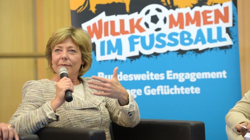 kickoff-willkommen-im-fussball_11