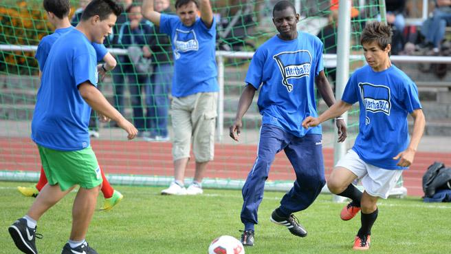 kickoff-willkommen-im-fussball_15