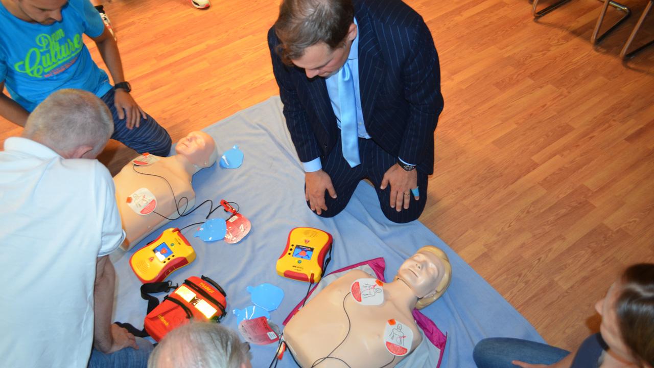 weiterbildung-defibrillator-1617_07