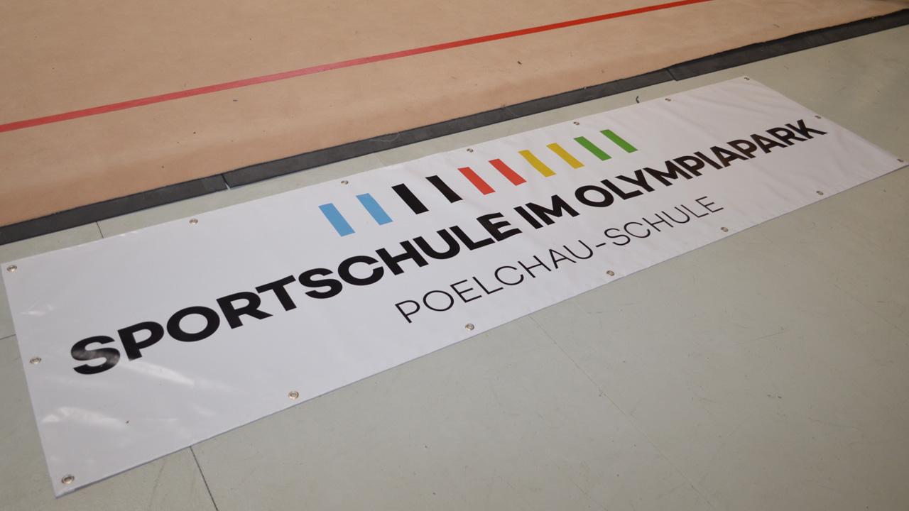 eroeffnung-poelchau-1617_02