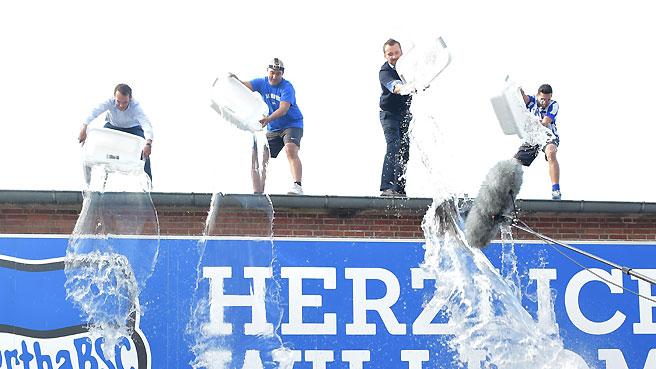 ice-bucket-challenge_06