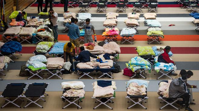 fluechtlinge-korberzentrum-1516_03