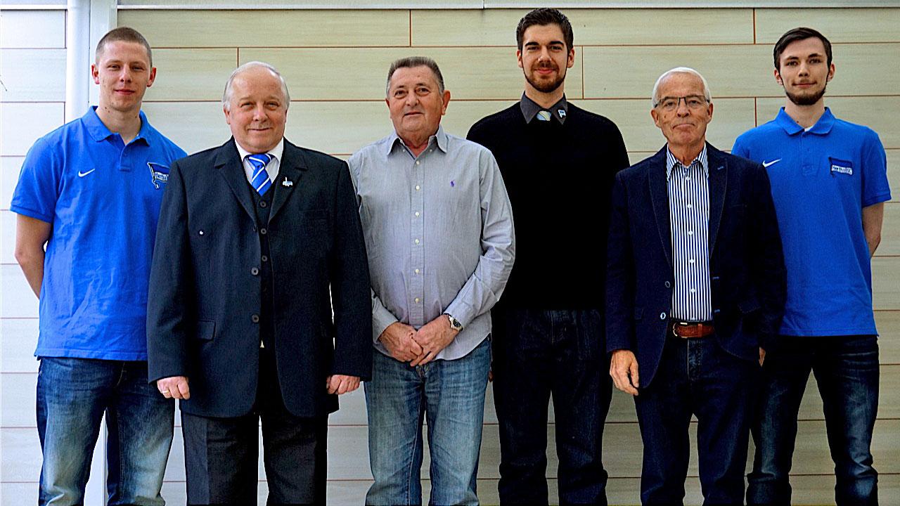 Gruppenbild des Kegel-Vorstands
