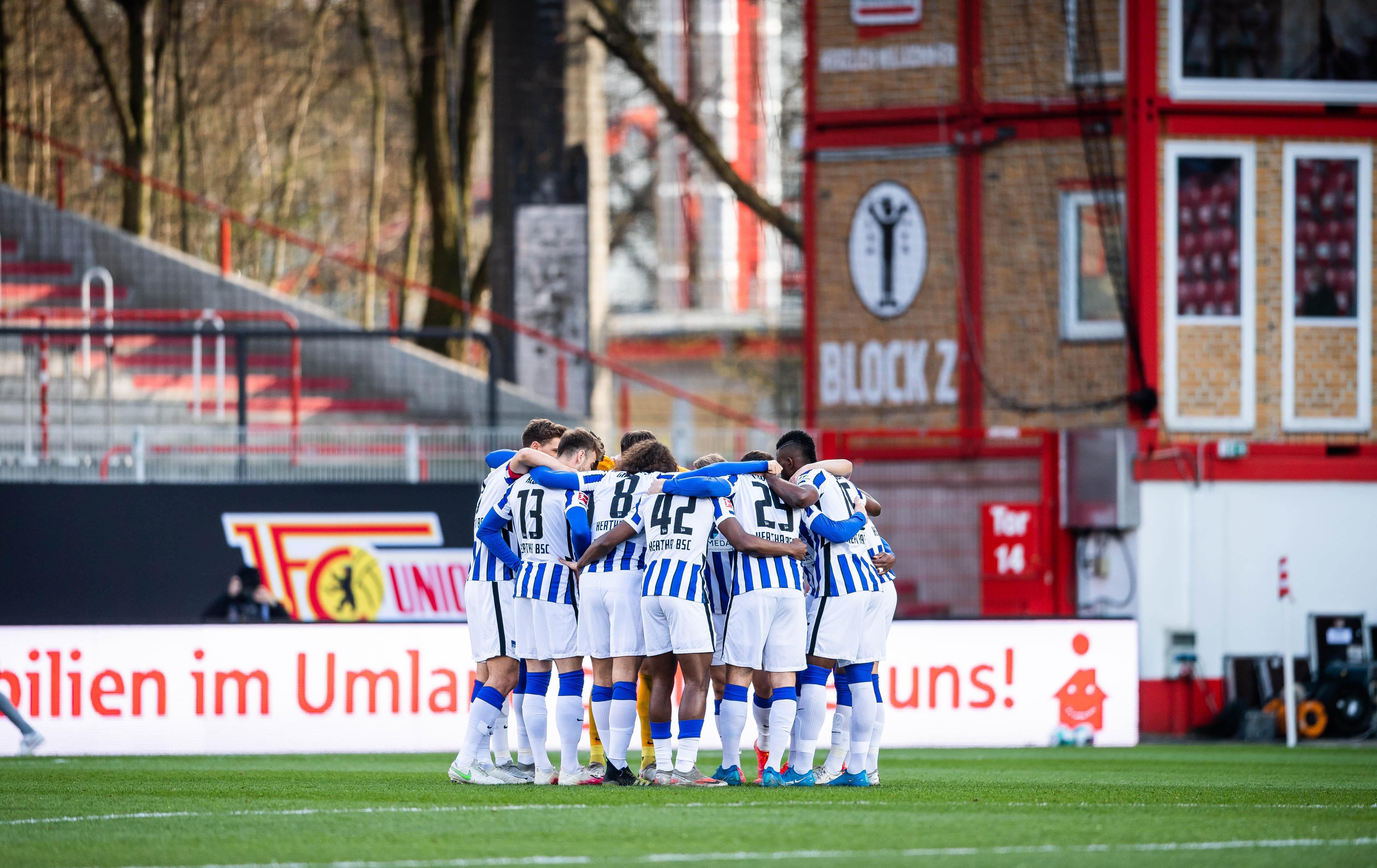 Mannschaftskreis vor dem Spiel gegen Union