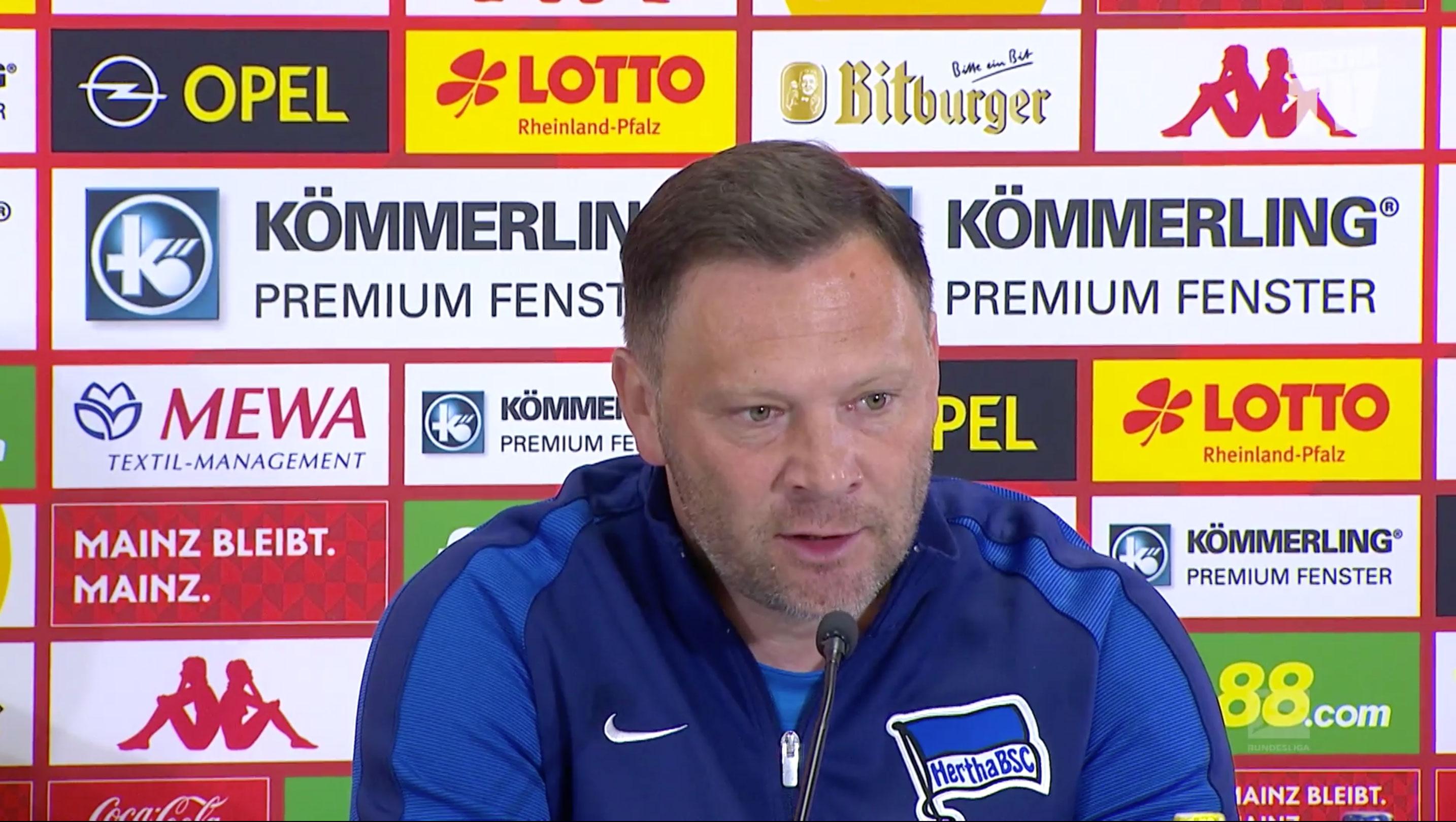 Pál Dárdai bei der PK nach dem Spiel in Mainz.