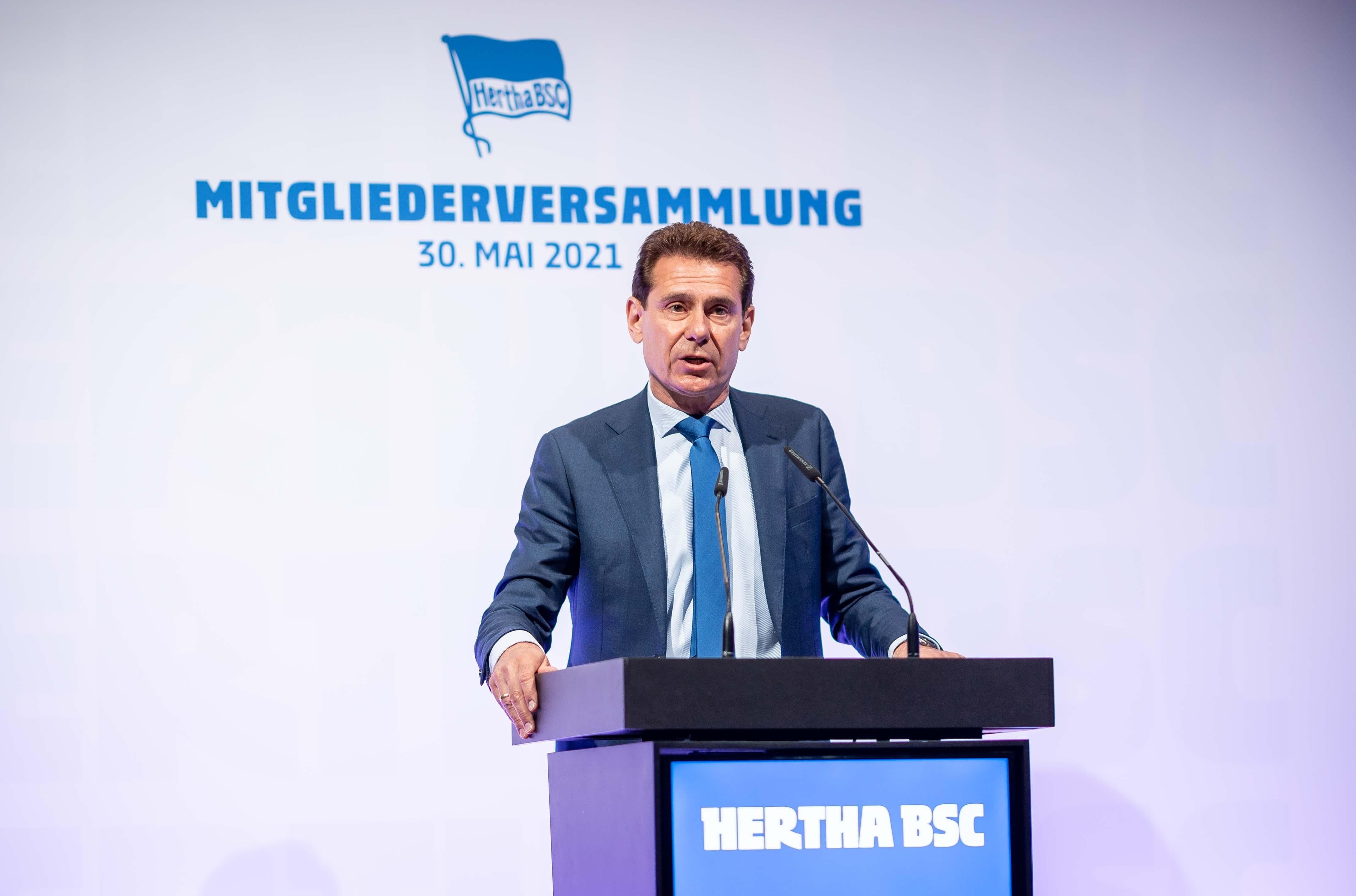 Dr. Torsten-Jörn Klein am Podium.