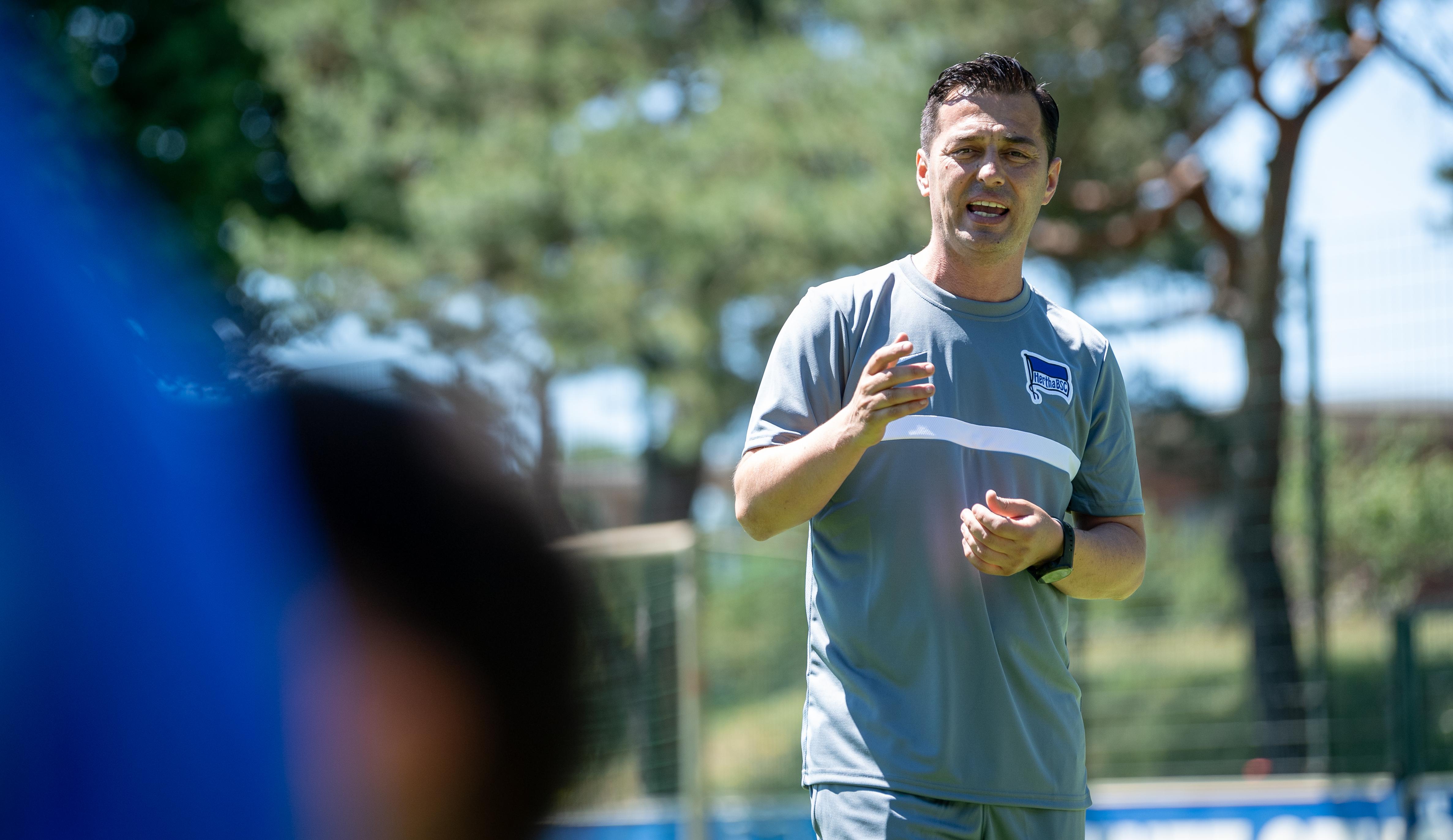 Ante Čović bei der Trainingsansprache