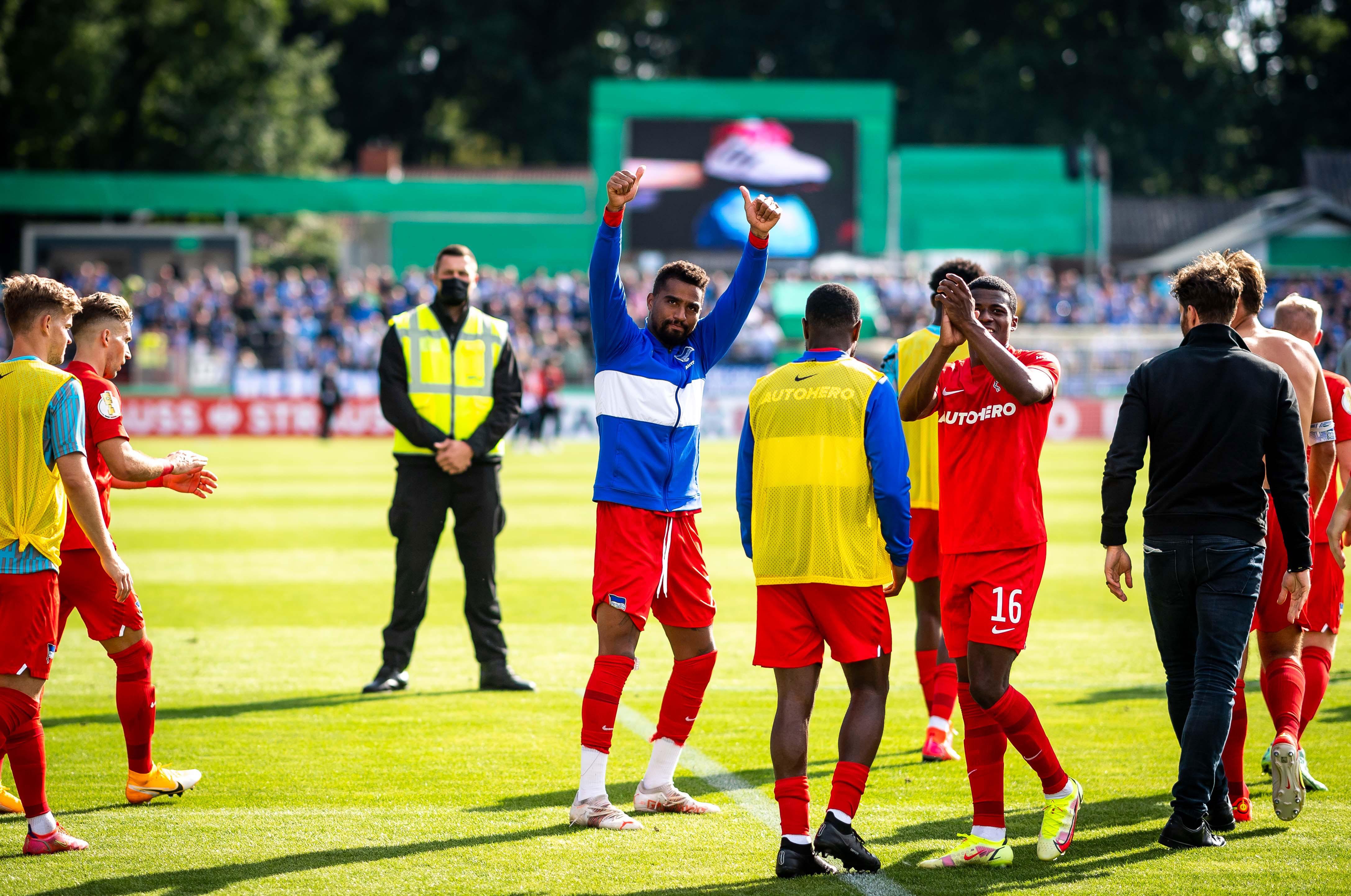 Prince Boateng celebra la victoria.