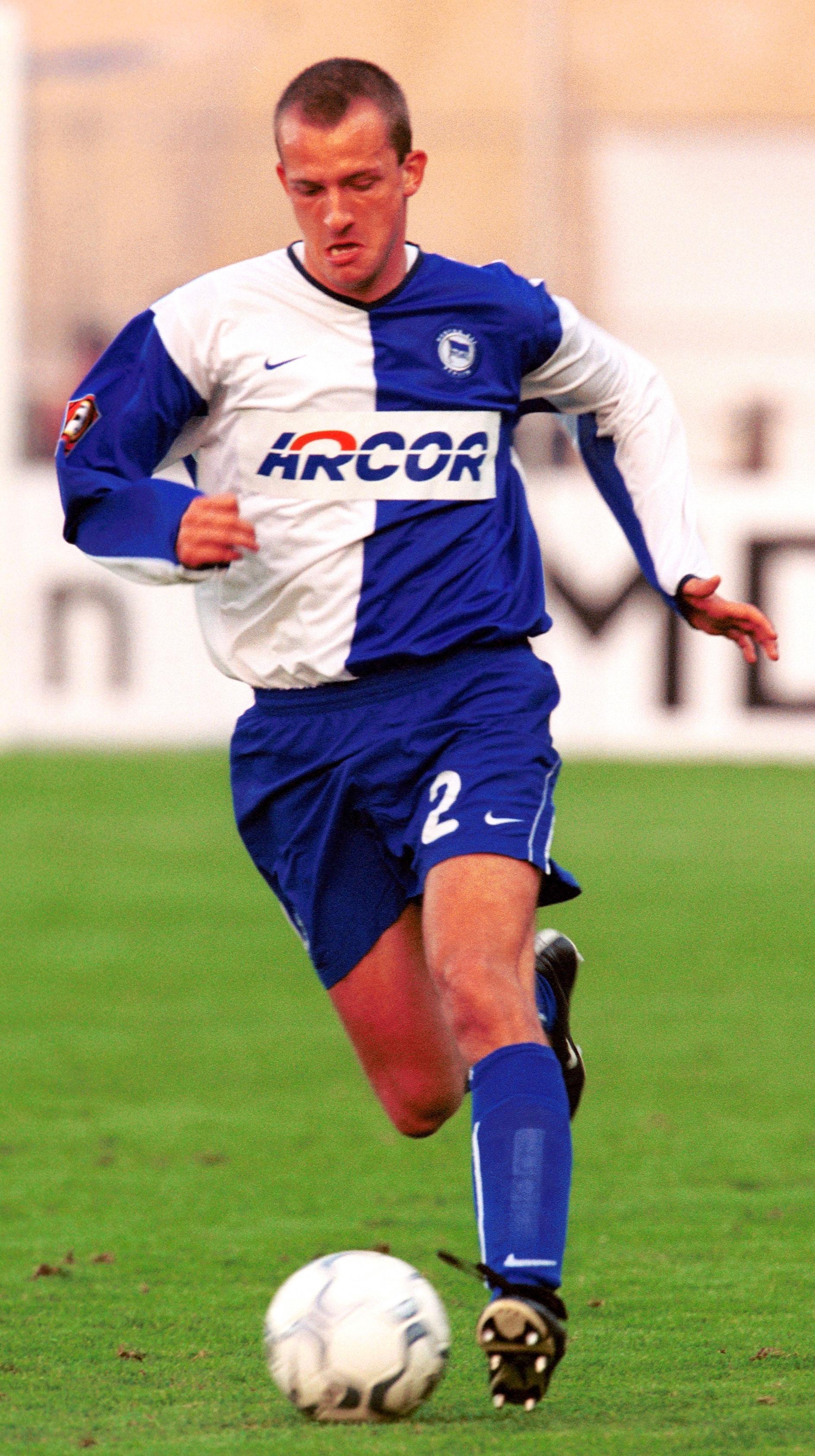 Denis Lapaczinski con la camiseta del Hertha.