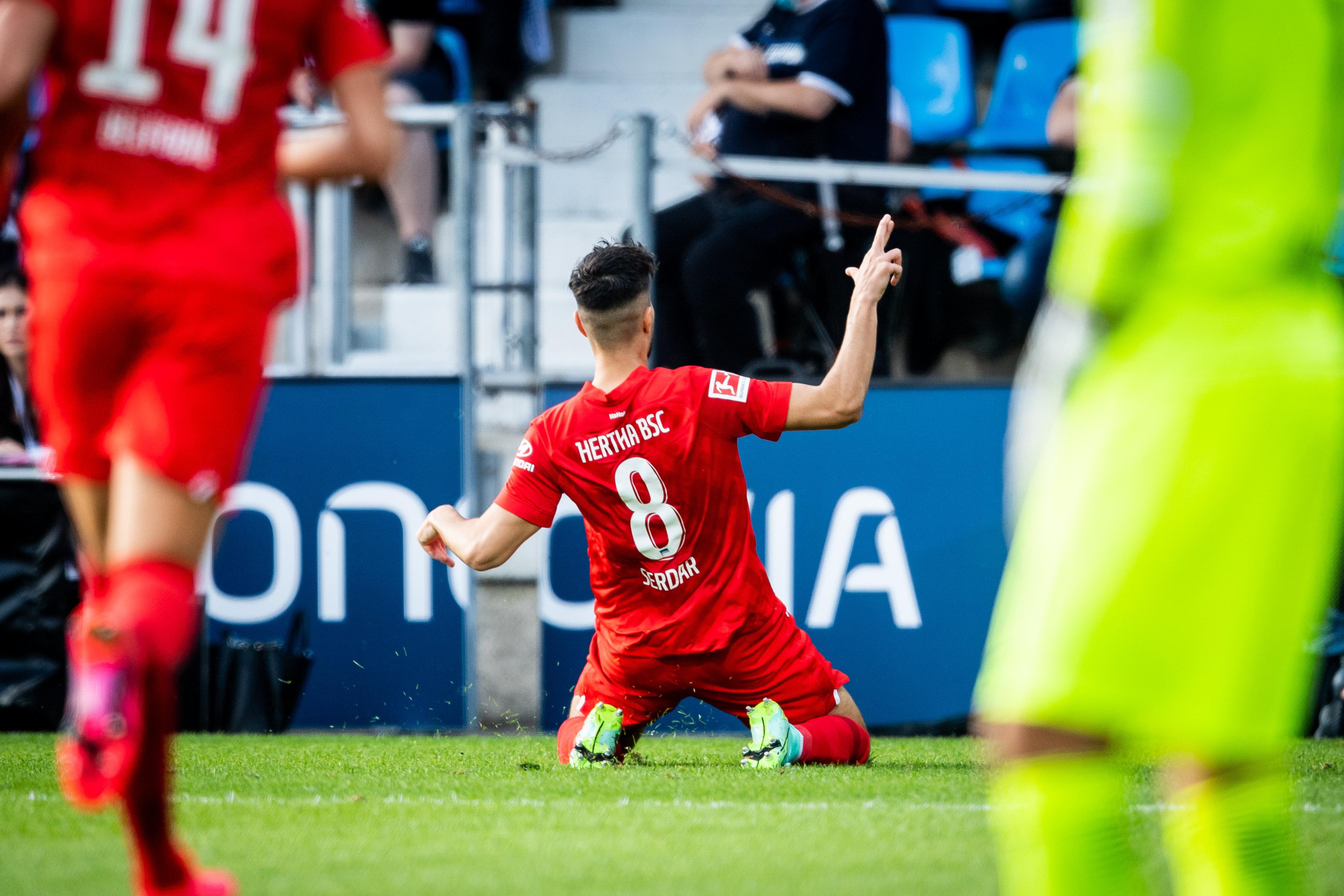 Suat Serdar bejubelt seinen Treffer in Bochum.